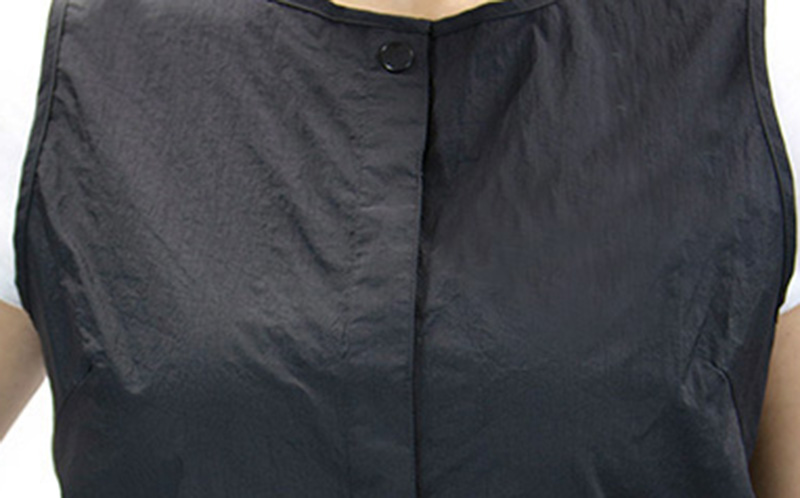 Black - Snap Vest